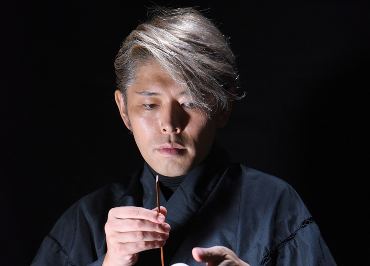 和菓子作りをパフォーマンスとして確立させた「菓道家」三堀純一さん
