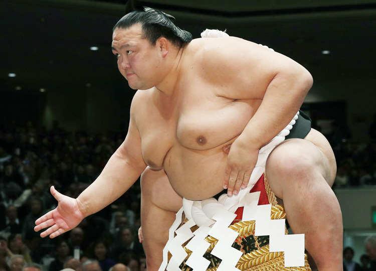 Grand champion Kisenosato is seen on the third day of the New Year Grand Sumo Tournament in Tokyo's Ryogoku Kokugikan on Jan. 15.
