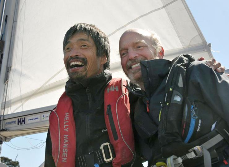全盲のセーラー、岩本光弘さん 太平洋横断に成功