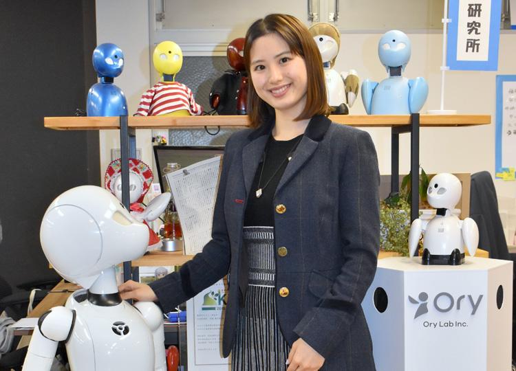 オリィ研究所の共同創設者COO、結城明姫さん