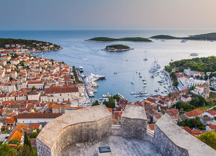 クロアチア・フバル
