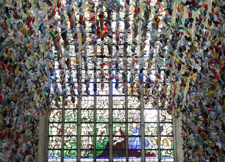 20,000 paper birds help pay for COVID-19 units at hospital in Brussels