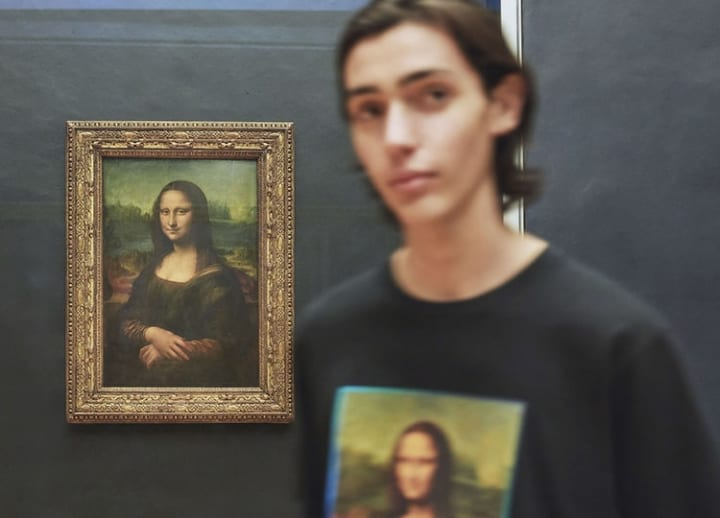 Uniqlo ties up with Louvre to sell clothing featuring museum's famous artworks