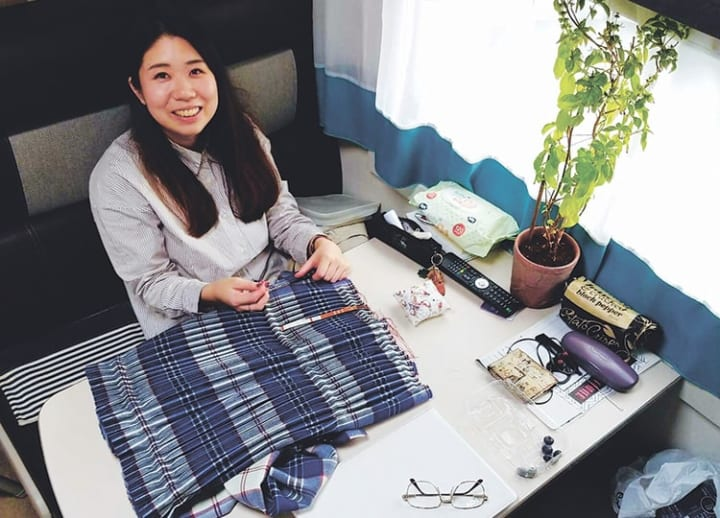Curiosity drives kilt-maker to learn craft and English